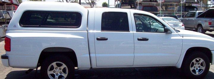 Hi C Large Std on Dodge Dakota 4 Door Truck